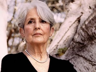Joan Baez American folk singer touring ceases - The World Station